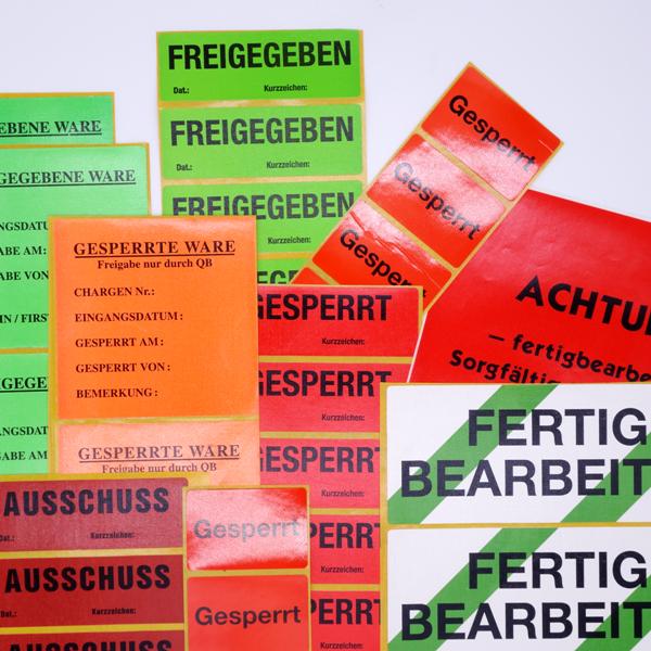 QS-Etiketten von Schlegel Etiketten in verschiedenen Farben