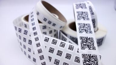 QR Code & Datamatrix Code Etiketten auf Rollen
